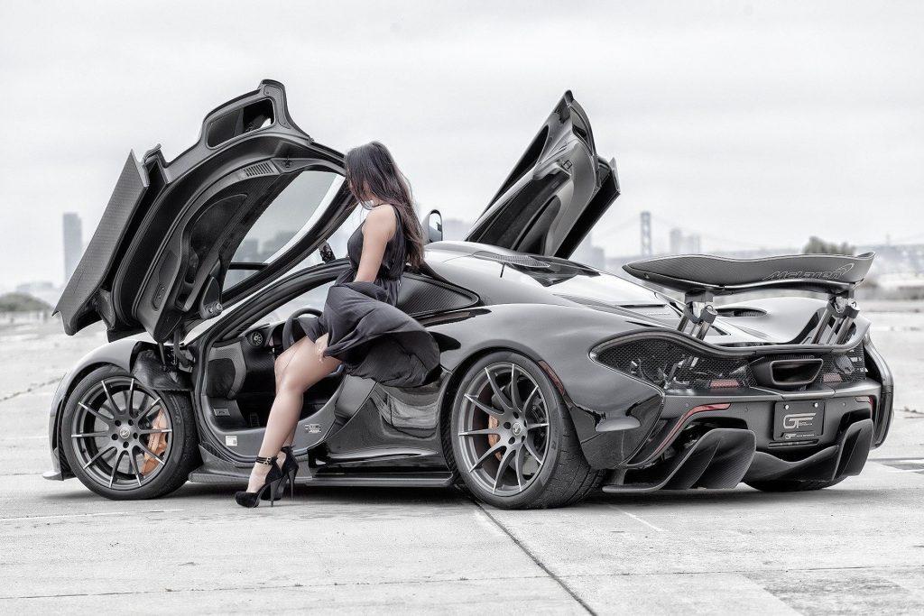 McLaren-P1-expensive-cars